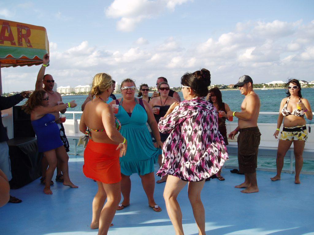 Nassau Booze Cruise Beach Party