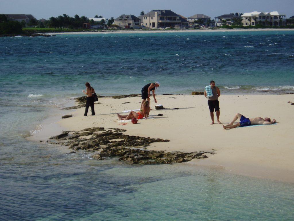 Nassau Booze Cruise Rose Island