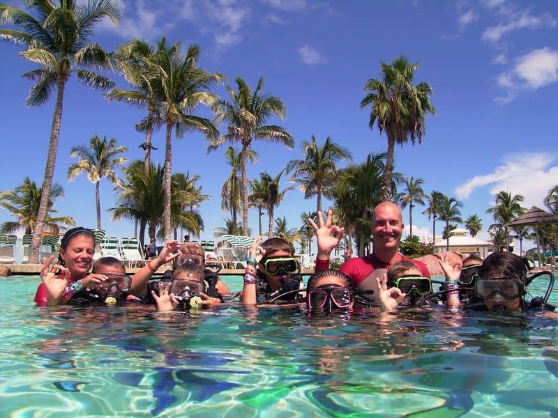 Nassau Discover Dive Poo