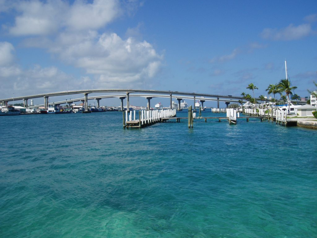 Touring Paradise Island in Nassau